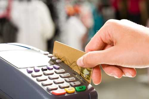 7 Expenses You Should Never Pay With Your Credit Card