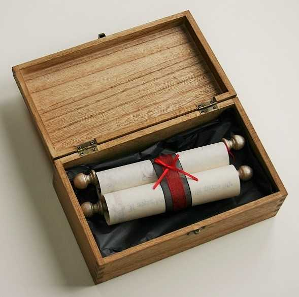 Wooden Scroll Box Trinitybox